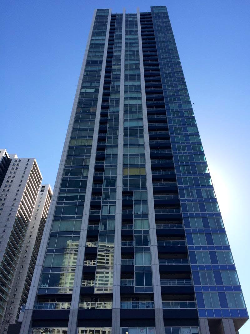 ワールドシティタワーズキャピタルタワー 外観