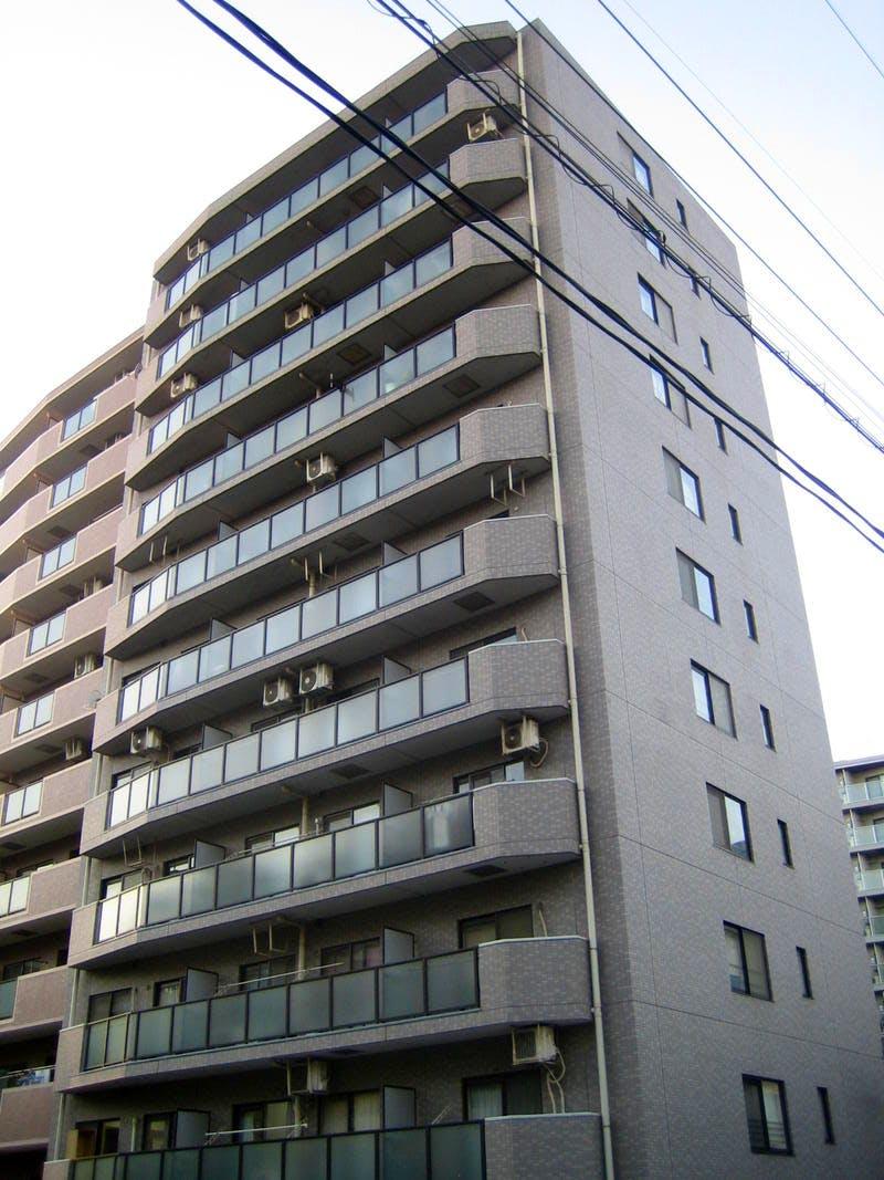 ライオンズマンション横浜リバーサイド 外観