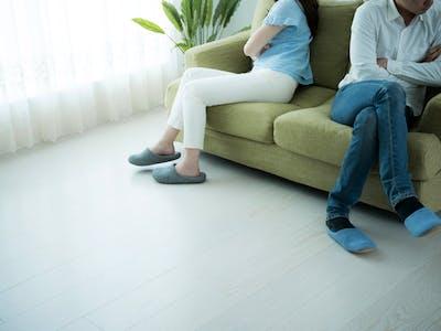 離婚で任意売却するメリット・デメリットやタイミング、注意点について